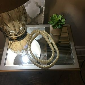 Jewelry - Gorgeous Extra Long Faux Pearl Necklace